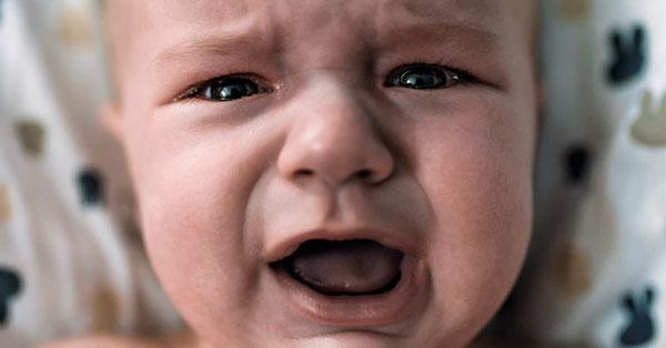 csecsemő kólika kezelése a helminták befolyásolják a fogamzásgátlót
