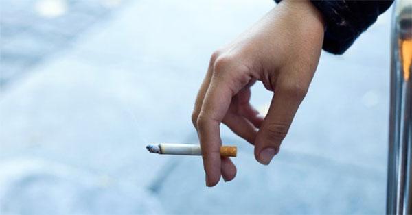 Drog a dohányzás ára. A dohányzás van olyan kemény, mint a heroin