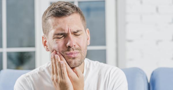 dohányzás után a fej hátsó részén jelentkező fájdalom)