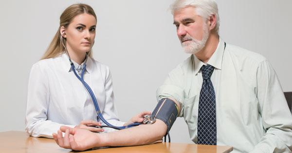 magas vérnyomás 3 fokos kardiológia karkötő réz hipertónia