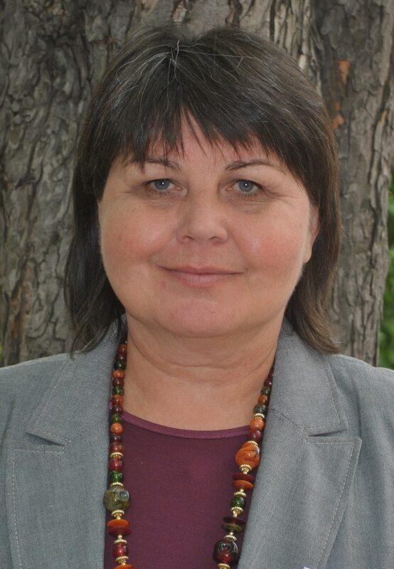 dr. Molnár Mária