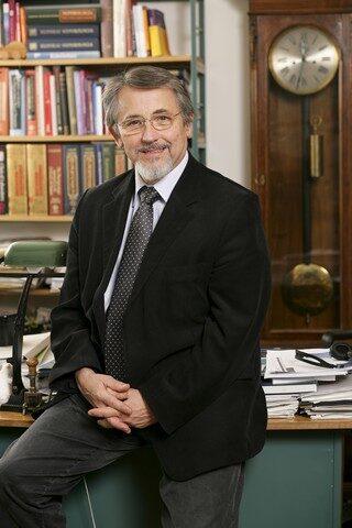 dr. Rosivall László