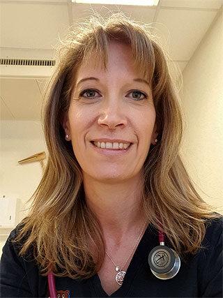 Dr. Lesznyák Judit