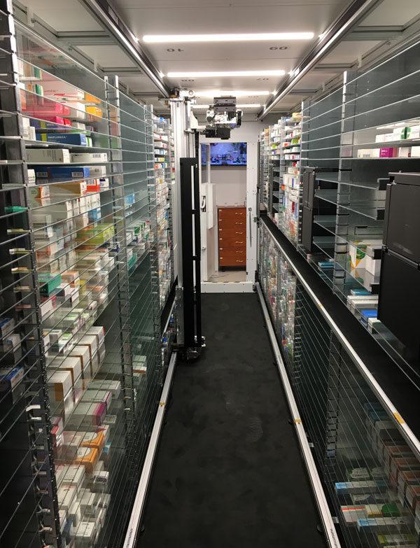 Patikarobot segíti a gyógyszerészeket