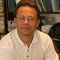 Dr. Lakos András