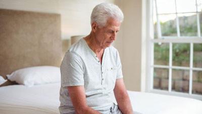 A prosztatamegnagyobbodás okai és tünetei